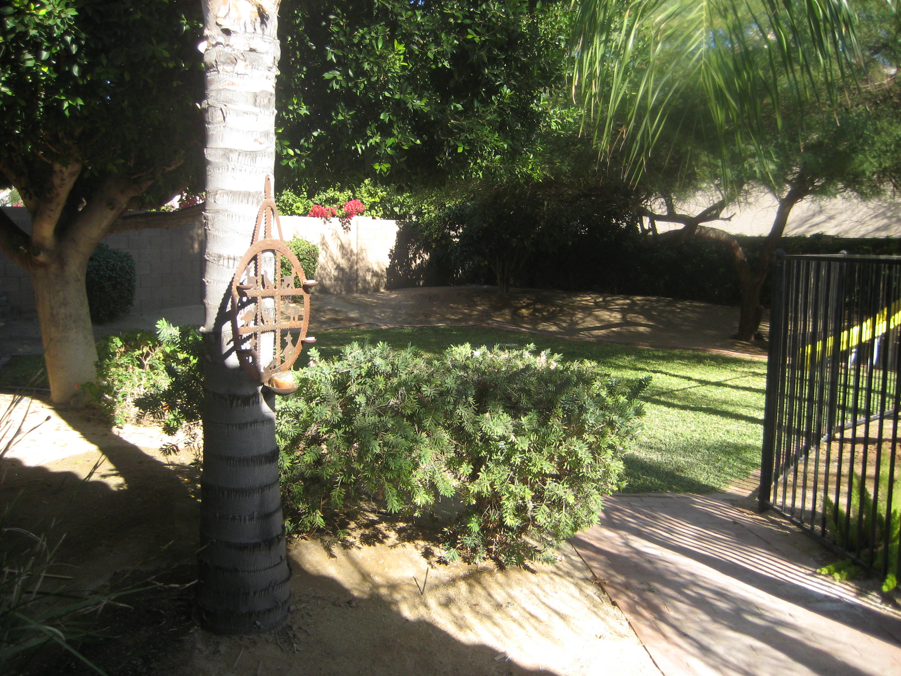 North Scottsdale Place